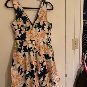 Jcrew floral dress with pleats and pockets, size 4